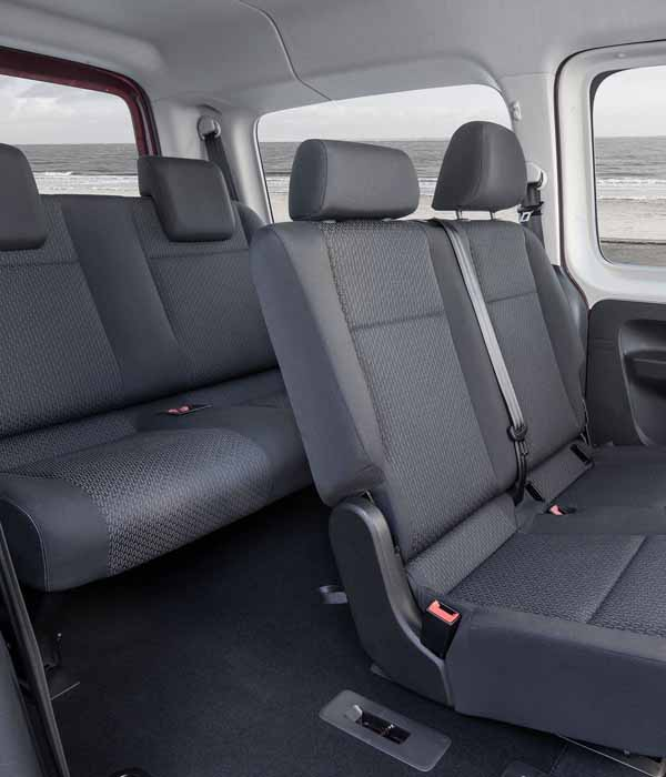 Minivan 6 pax